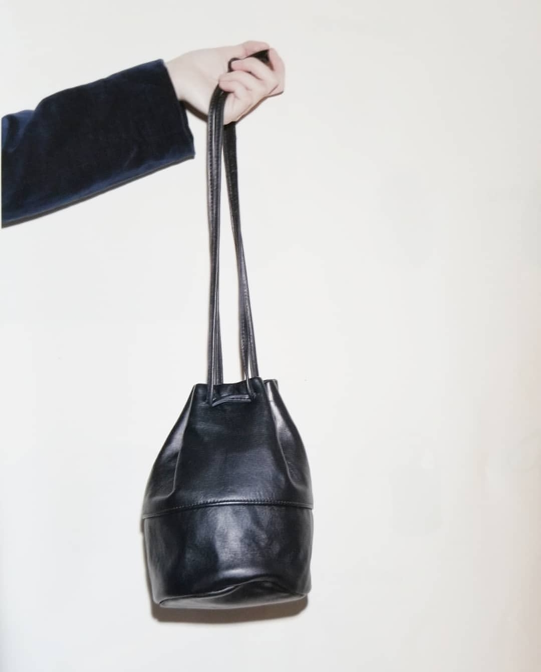 STRING BAG と SHOULDER BAG  _f0120026_17555696.jpg