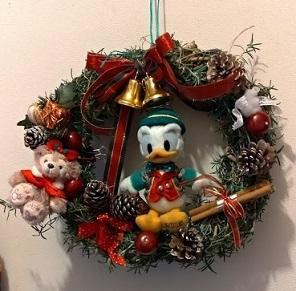 今年もクリスマスリースを作ってみました_c0036138_22361342.jpg