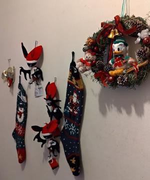 今年もクリスマスリースを作ってみました_c0036138_22580939.jpg