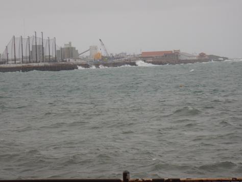沖縄遠征記1、25日出船できず観光_f0175450_7485271.jpg
