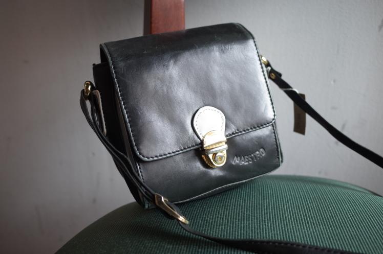 From Vintage Room★mini shoulder Bags★_e0269968_10233124.jpg