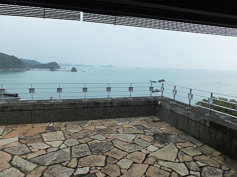 鍋焼きラーメン & 黒潮本陣_e0146484_16590438.jpg