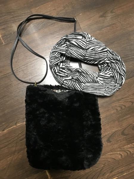 美術館へ雨寒の凍える日の服装と乃木坂ランチ_e0397389_15011390.jpeg