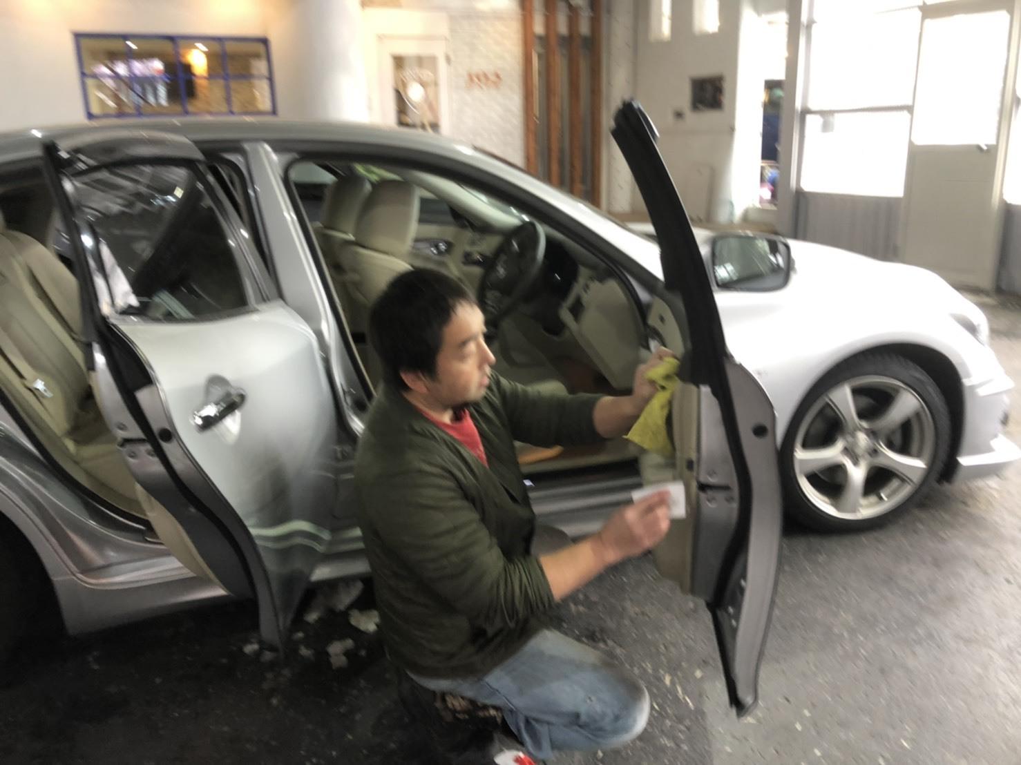 11月29日(金)TOMMYBASEブログ☆カスタムセダン専門店♪レクサス♪スバル限定車♪自社ローン♪ローンサポート♪_b0127002_15345540.jpg