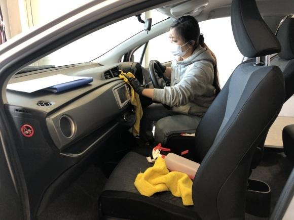 11月29日(金)ランクル200ディーゼル 新車並行車 あります☆ ドバイエアロ♡_b0127002_19555788.jpg