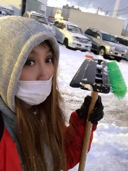 11月29日(金)ランクル200ディーゼル 新車並行車 あります☆ ドバイエアロ♡_b0127002_19563591.jpg