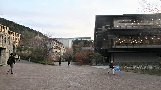 京都産業大学/京都背脂らーめん_b0163804_10573971.jpg