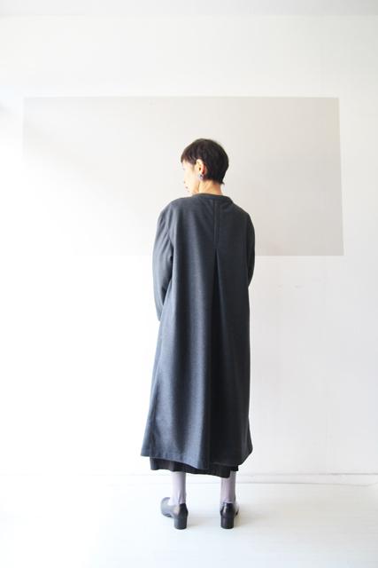 ウールの一つ釦コート_f0215708_17353788.jpg