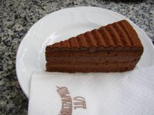 ウィーンのカフェにて_a0392423_01055810.jpg
