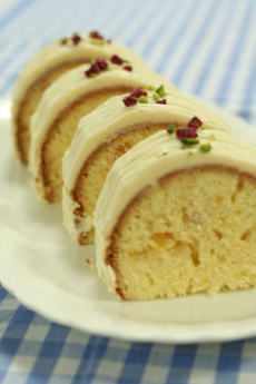 5月のお菓子・ホワイトバターケーキ_a0392423_01553603.jpg