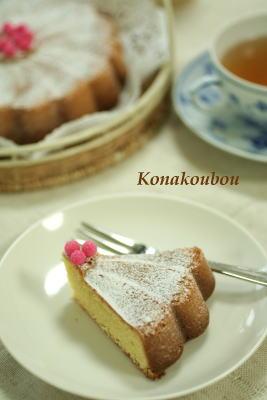 3月のお菓子・アーモンドのバターケーキ_a0392423_01572122.jpg