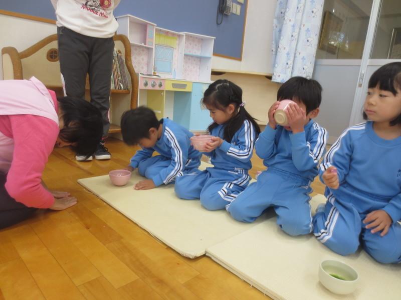 年中組 茶の湯体験_a0212624_15503484.jpg