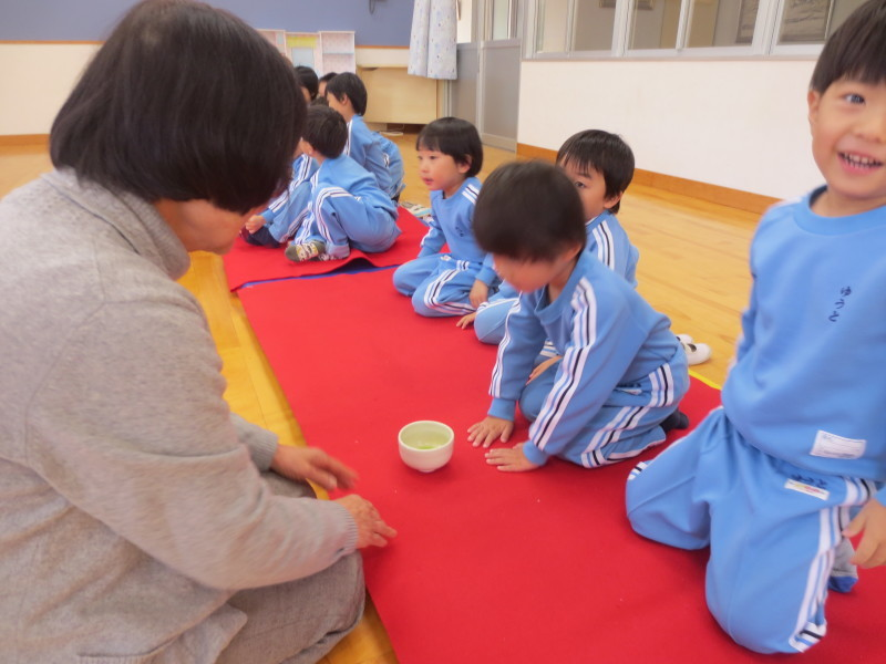 年中組 茶の湯体験_a0212624_15511298.jpg