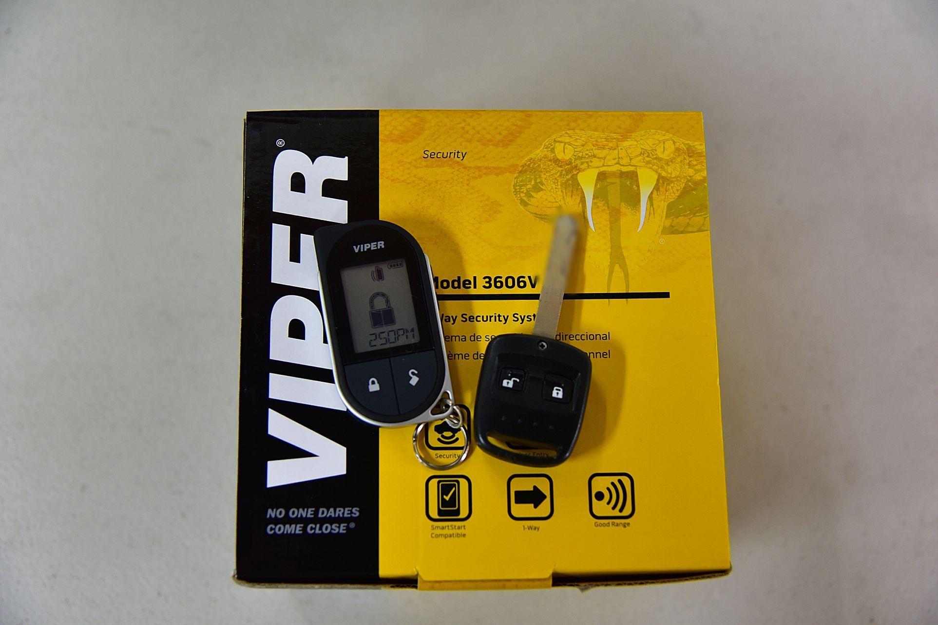 インプレッサにVIPER3706V取り付け_c0199344_17105676.jpg