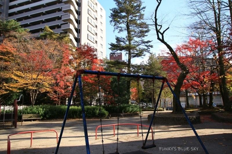 街の公園_c0145250_09285751.jpg