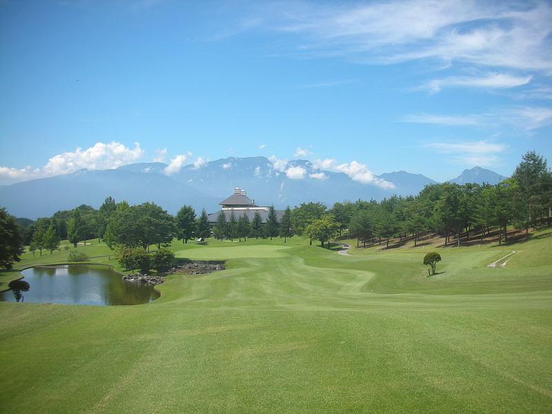 北杜市明野にあるレイクウッドゴルフ・サンパーク明野コースの御紹介_b0151362_16205347.jpg