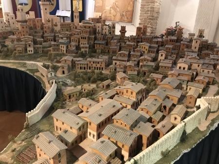 サンジミ1300、中世の街を見下ろす_a0136671_01033146.jpeg