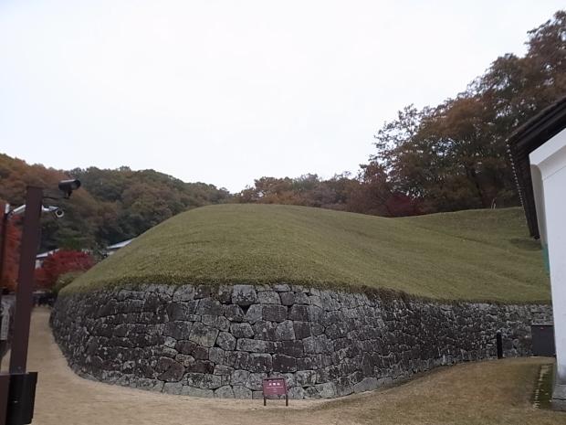 特別史跡旧閑谷学校の紅葉~熊山遺跡_f0197703_12121557.jpg