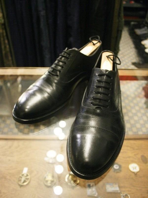 令和最初のヨーロッパ買い付け後記12 ブリュッセルからアントワープへ チモンズスタリ1周年パーティーのおしらせ 入荷パラブーツミカエル、チャーチ、クロケット&ジョーンズ、トッズなど革靴_f0180307_02093409.jpg