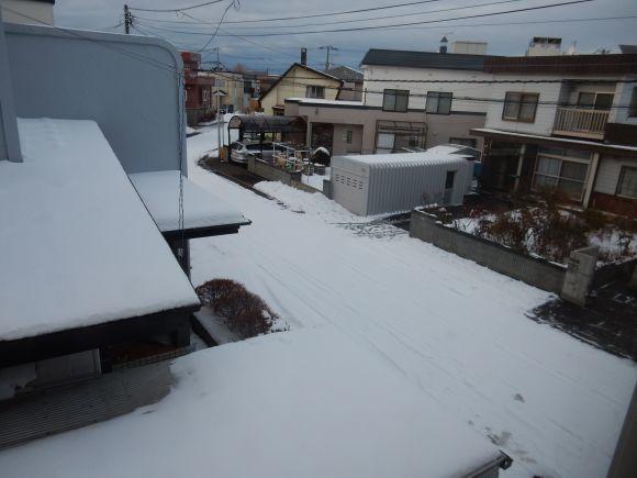 雪止むもとけず_c0025115_21402567.jpg
