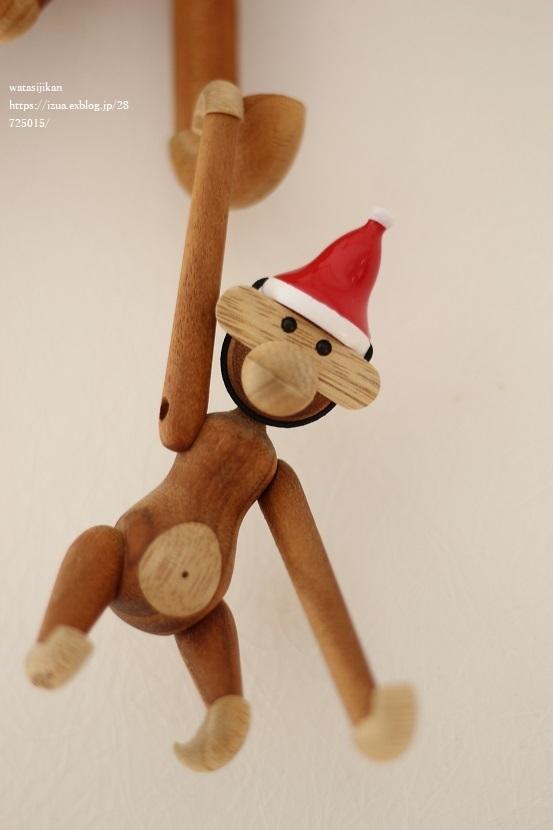 クリスマスの飾り付けをする_e0214646_22050029.jpg