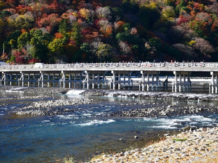 嵯峨・嵐山めぐり、1 嵐山  2019-12-02 00:00    _b0093754_23410900.jpg