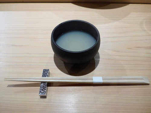 渋谷「熟成鮨 万」へ行く。_f0232060_2062126.jpg