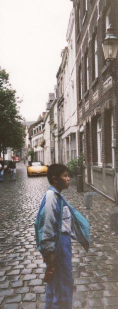 オランダ最古の町、マーストリヒト_d0193569_07571143.jpg