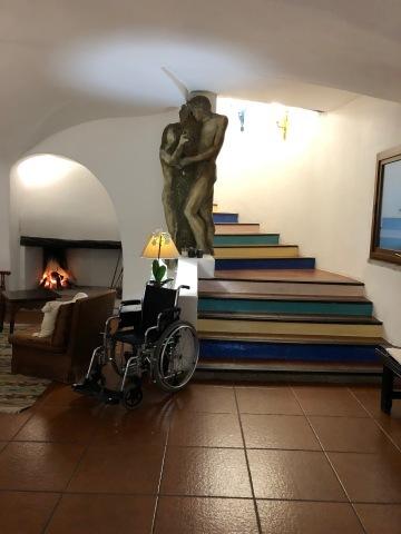 EXPERIENCE HOTEL SU GOLOGONE_d0073371_08434358.jpg