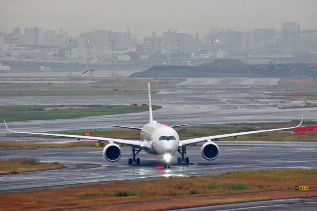 JAL  AIRBUS A350-4(JA04XJ)_c0005077_10502799.jpg