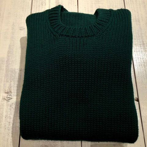 "1940s "" UNKNOWN \"" ALL WOOL Vintage - SQUARE NECK - LOW-GAUGE SWEATER ._d0172088_21554175.jpg"