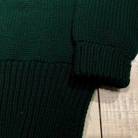 "1940s "" UNKNOWN \"" ALL WOOL Vintage - SQUARE NECK - LOW-GAUGE SWEATER ._d0172088_21573477.jpg"