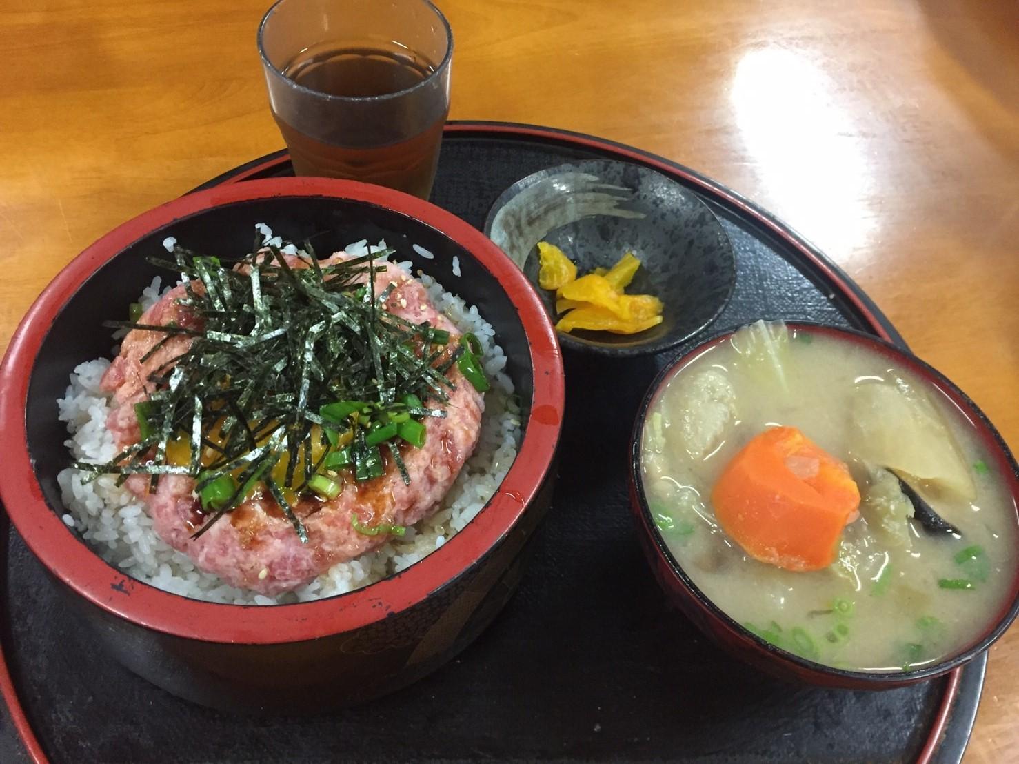 おはよう堂  黒ムツ・ネギトロ丼_e0115904_15304280.jpg