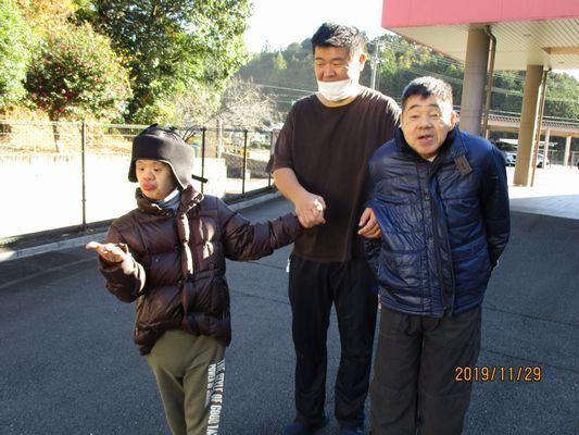 11/29 日中活動_a0154110_13210386.jpg