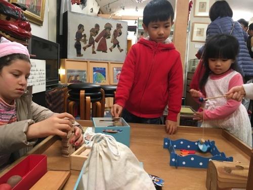 日曜朝教室(2019.12.1)おもちゃ博物館_e0175020_20431015.jpeg