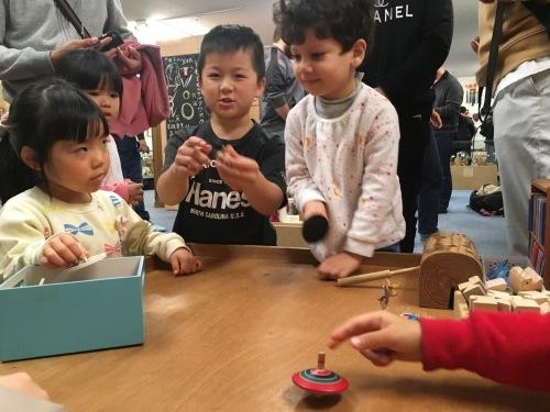 日曜朝教室(2019.12.1)おもちゃ博物館_e0175020_20440804.jpeg