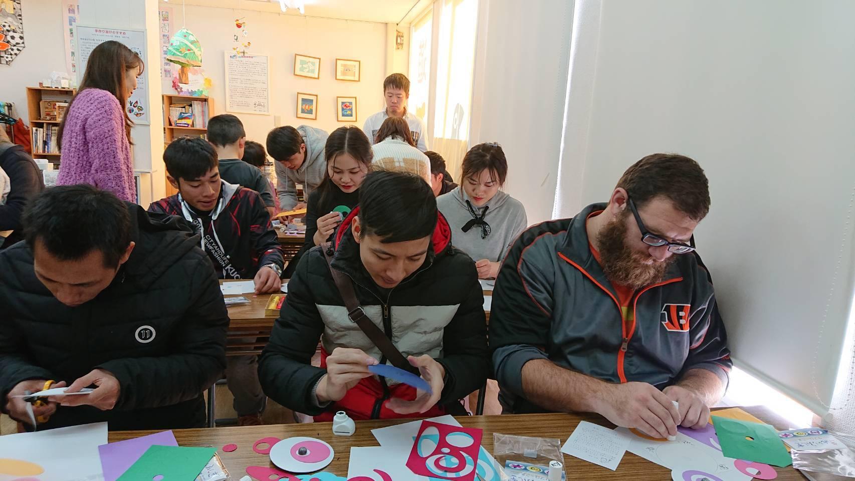 日曜朝教室(2019.12.1)おもちゃ博物館_e0175020_20503208.jpeg