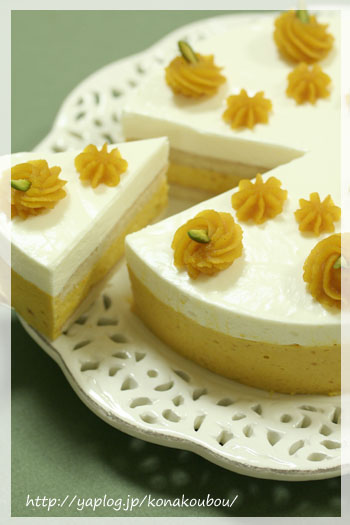 10月のお菓子・かぼちゃとチーズのムース_a0392423_23154660.jpg