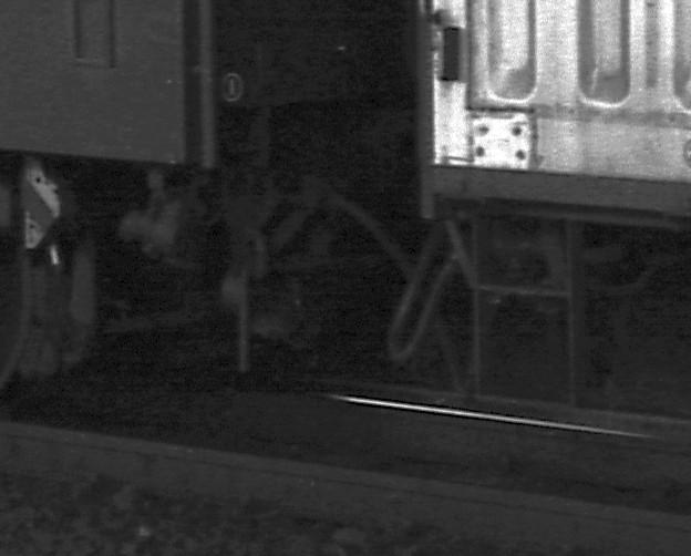 KATOのNゲージ東海道山陽荷物車後期セットとオユ14・スユ44の電気暖房の話_f0203926_1931736.jpg