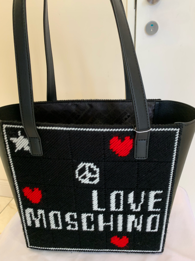 I love  MOSCHINO_c0223630_11510792.jpg