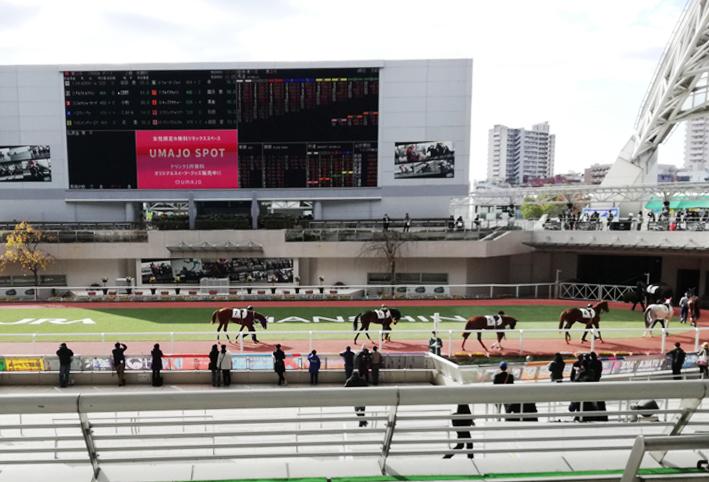 関西最大級イベント☆阪神競馬場の!_d0351435_07000512.jpg
