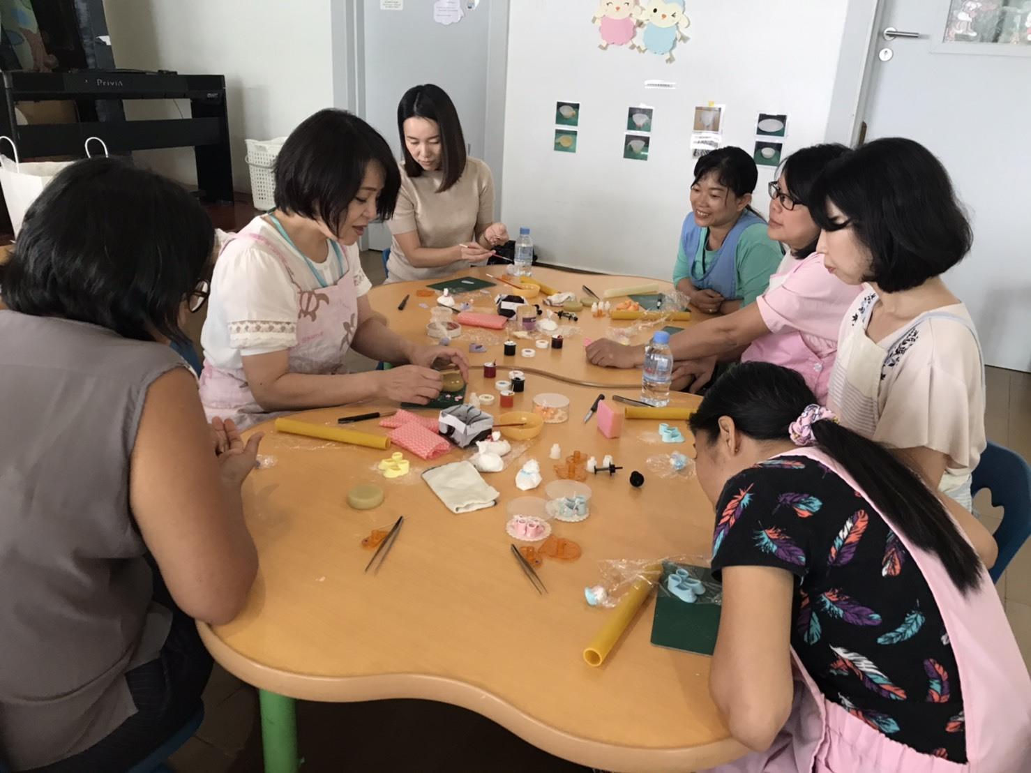 プノンペンの幼稚園で講習をしてきました!_e0177649_15395119.jpg