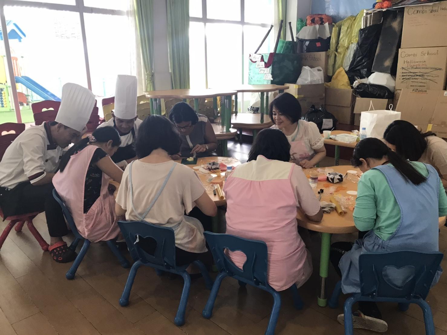 プノンペンの幼稚園で講習をしてきました!_e0177649_15404365.jpg
