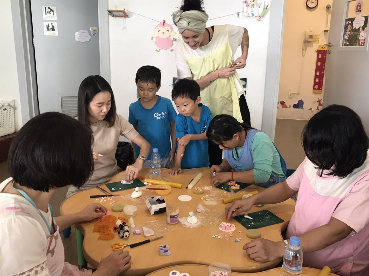 プノンペンの幼稚園で講習をしてきました!_e0177649_15421180.jpg