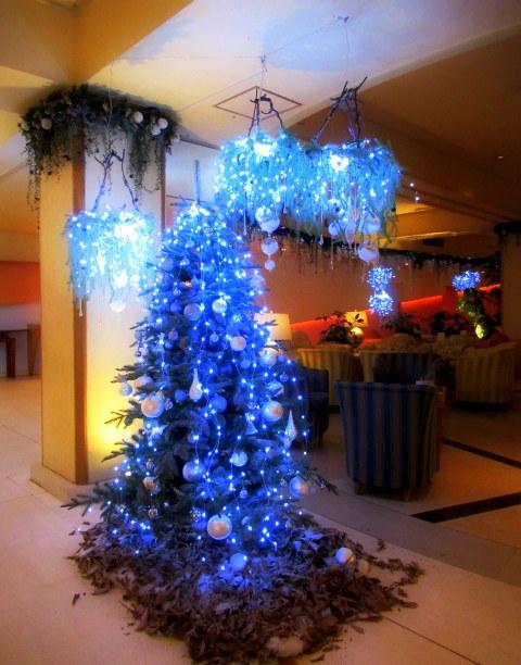 ①星降る森のクリスマス・2019 * 軽井沢 ホテルブレストンコート・館内装飾☆_f0236260_23523069.jpg