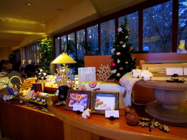 ①星降る森のクリスマス・2019 * 軽井沢 ホテルブレストンコート・館内装飾☆_f0236260_23525574.jpg
