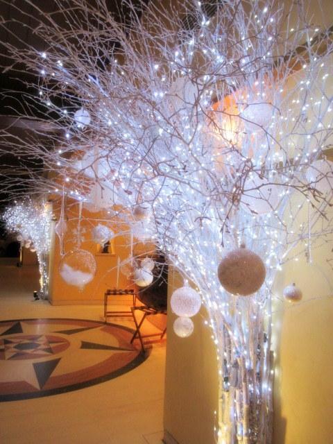 ①星降る森のクリスマス・2019 * 軽井沢 ホテルブレストンコート・館内装飾☆_f0236260_23582543.jpg
