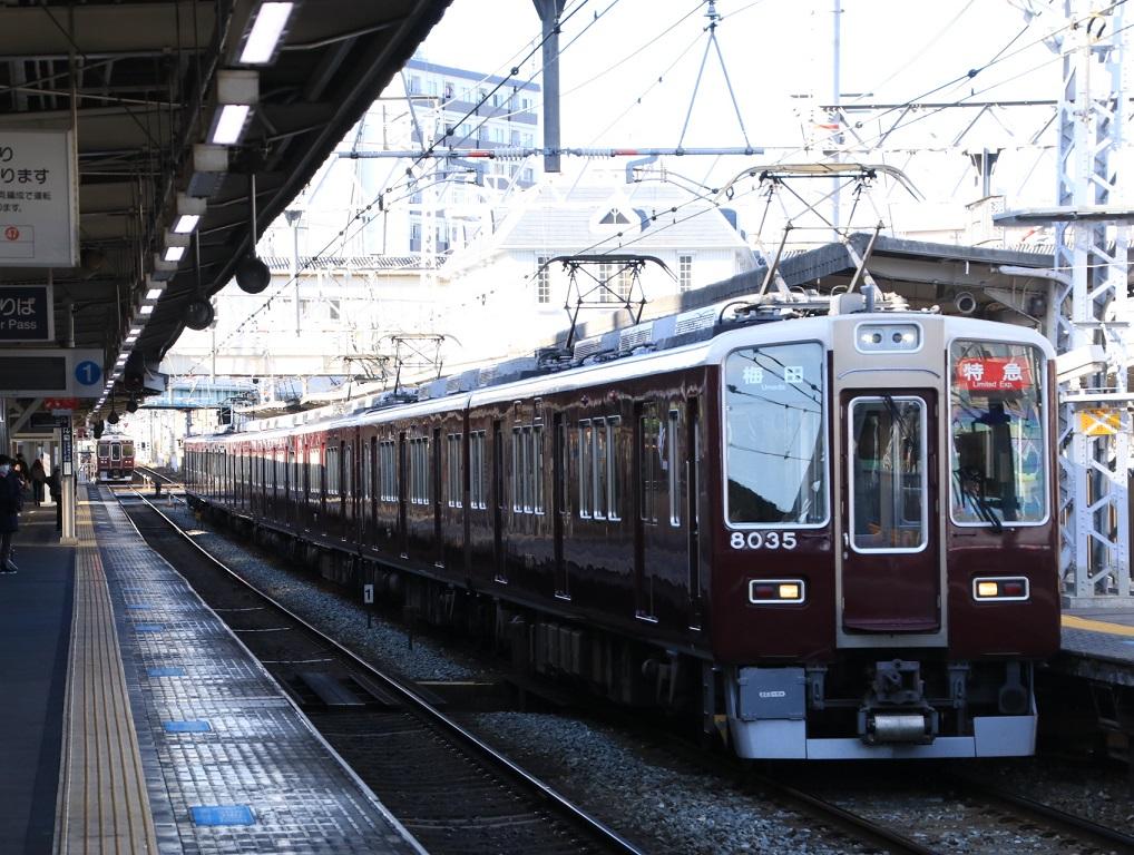 阪急8000系 8035F _d0202264_4152033.jpg