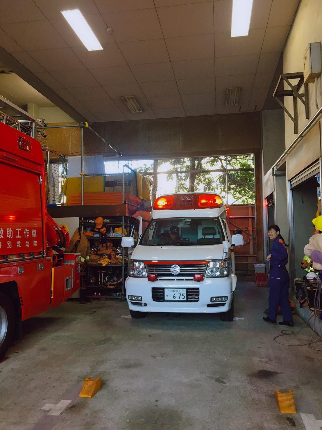 新百合ヶ丘ルーム*消防署見学へ*_a0318871_22310084.jpeg