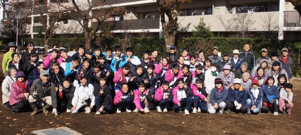 花植えイベント2日間~福岡中央公園~_a0107574_19312870.jpg